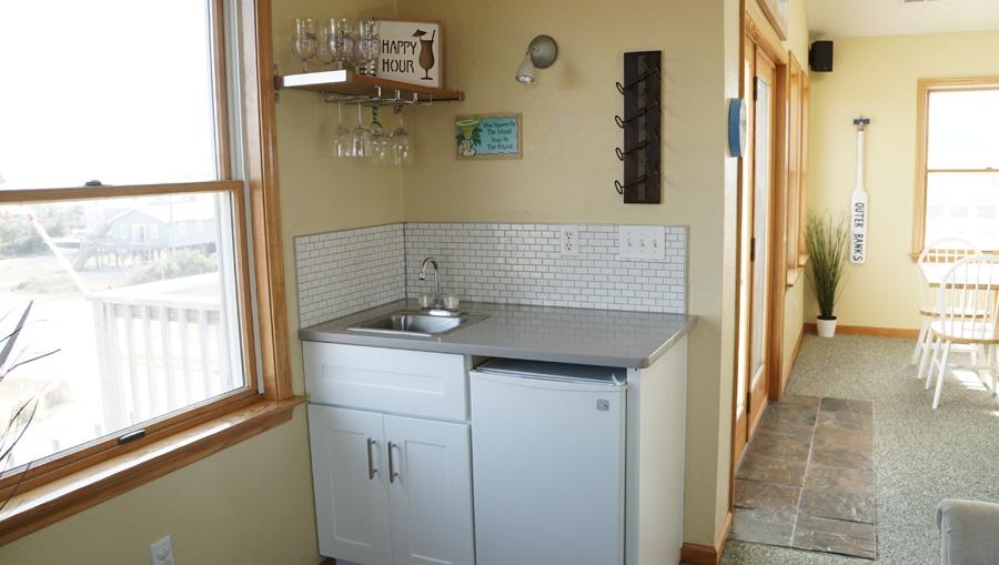 livingroomwetbar1